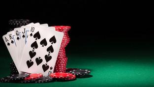 Tìm hiểu về xóc đĩa và Baccarat – Hai trò chơi hot nhất nhà cái ST666