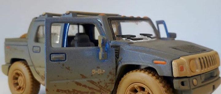 Miniatura Hummer H2 sut
