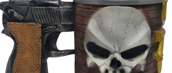 Caneca com Alça Pistola Caveira 3D