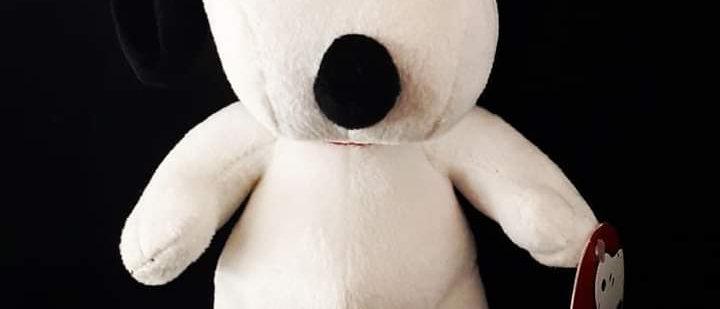 Pelúcia Snoopy 20 cm