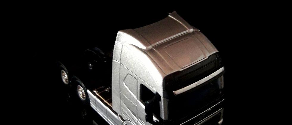 Miniatura de caminhão volvo FH