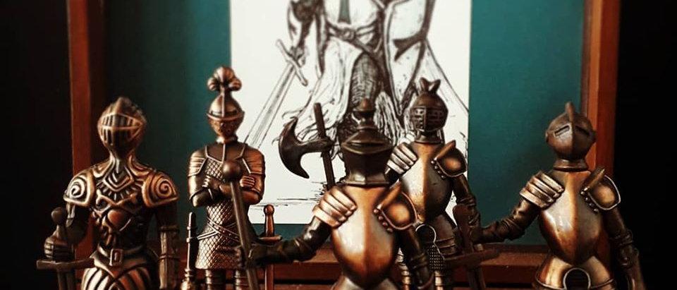Guerreiros Medieval Em Metal