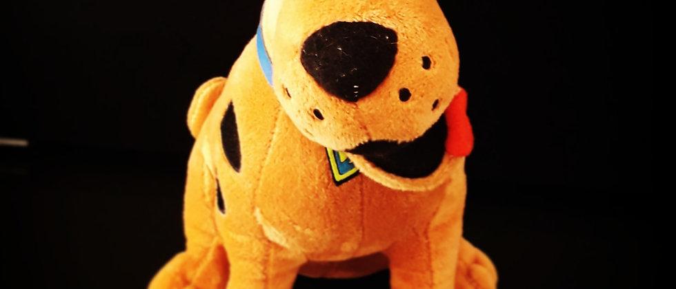 Pelúcia Scooby Doo 23 Cm