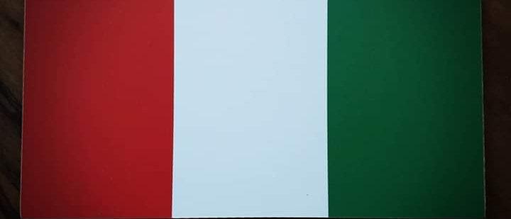 Placa Itália