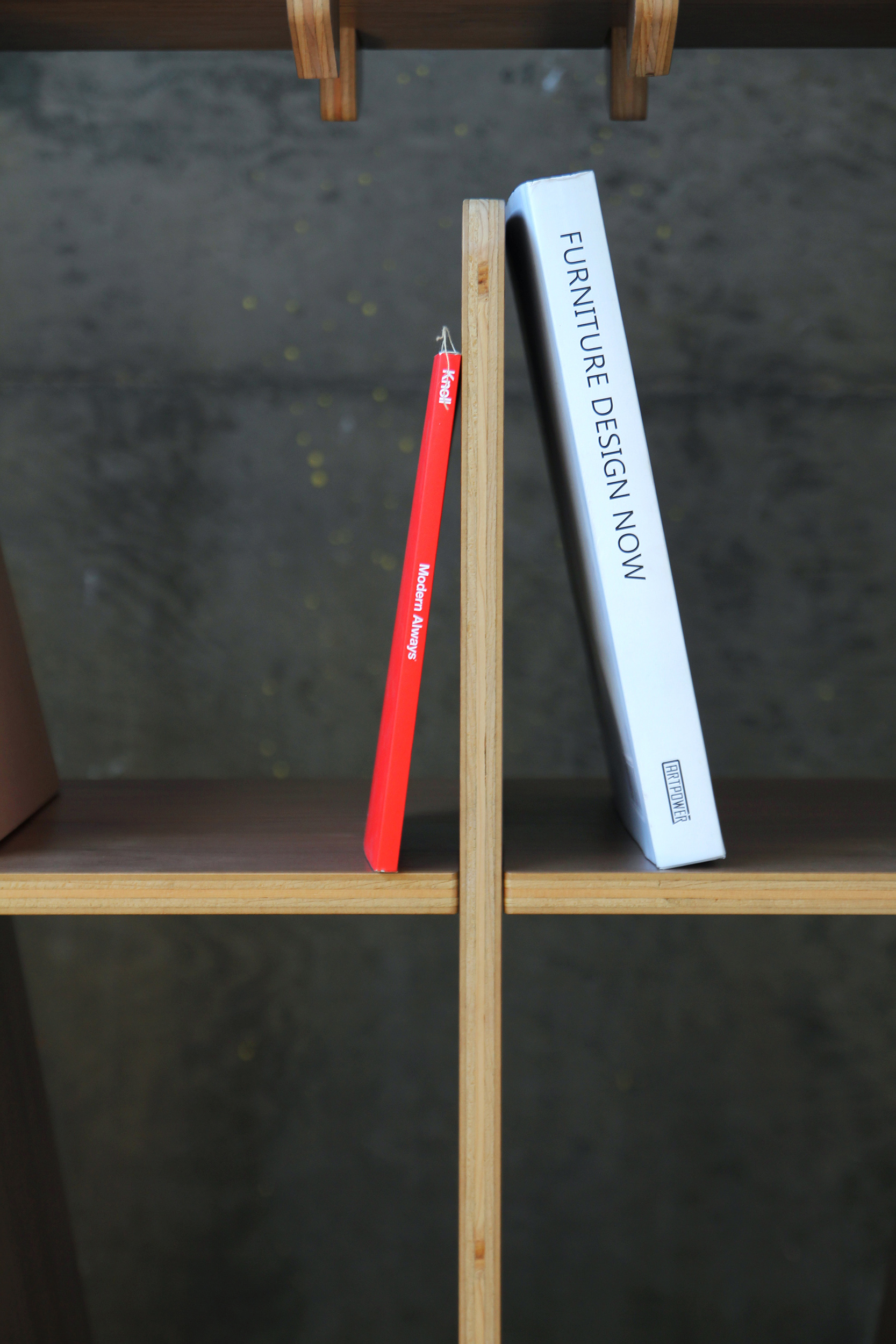 The LINE shelving system by FIGURON