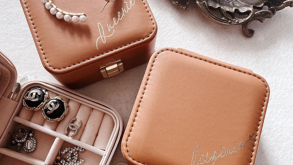 Luxury  Leather Mini Jewellery Box- vintage Brown/ White