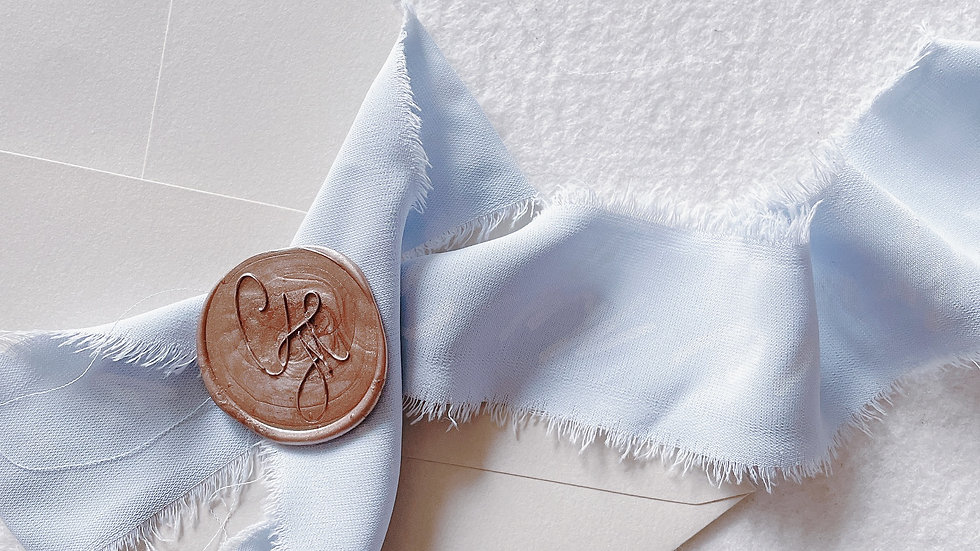 [Monogram] CUSTOM WAX SEAL STAMP 婚禮封蠟章 連英文書法設計- TIARA WREATH