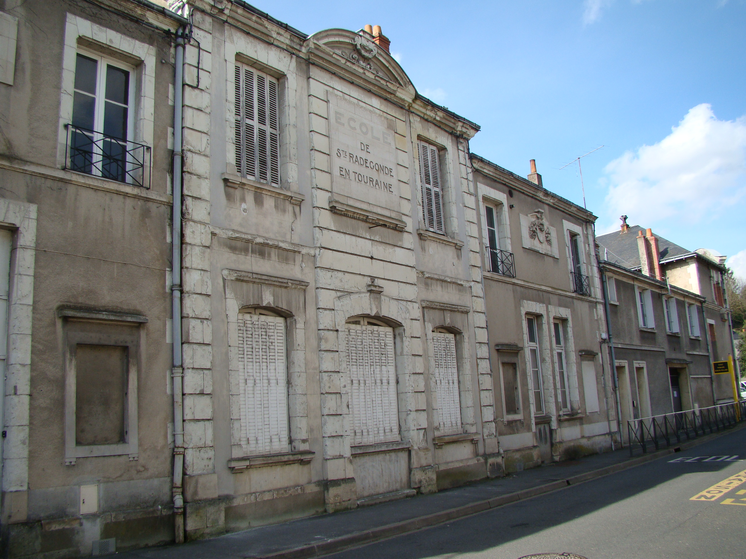ancienne mairie sainte radegonde