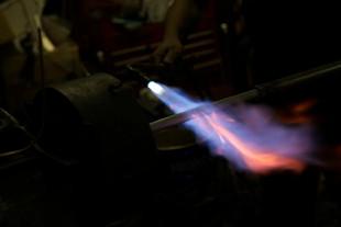 Heating process of Hand-bent titanium frame