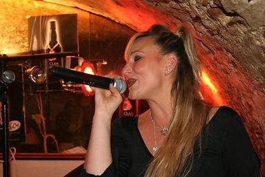 isa cave beaujolais 2.jpg