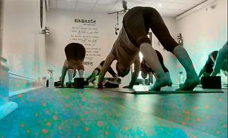 serenity-yoga-studio-hot-yoga-class-de.jpg