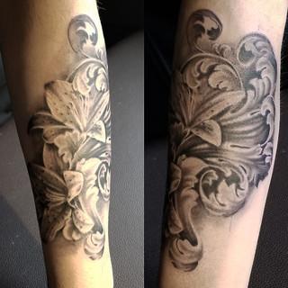 Lily and Filigree tattoo by David Baran