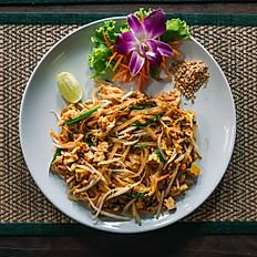 Pad Thai de pollo - para 2 personas - Itbis incluido