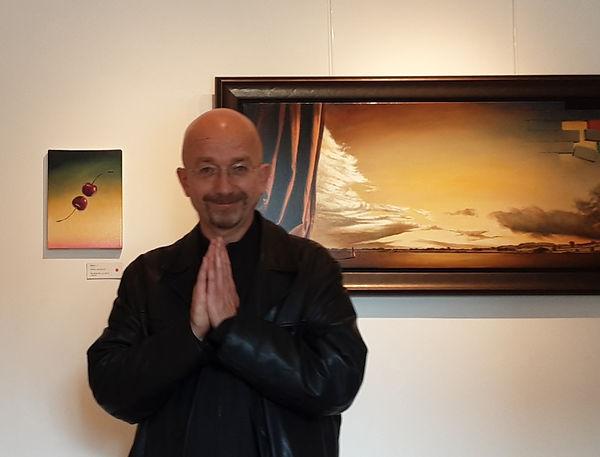 Danny Heinricht i sit galleri på Gjøl