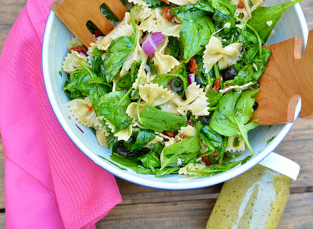 Bowtie Pasta Salad with Spinach and Sun-dried Tomatoes