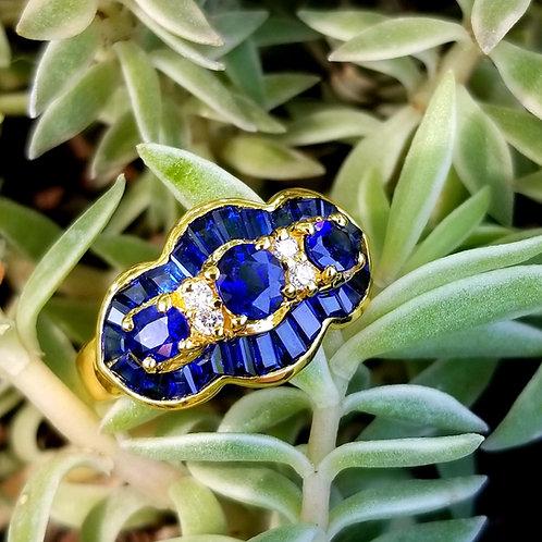 Fantastic 18k Sapphire & Diamond Ring