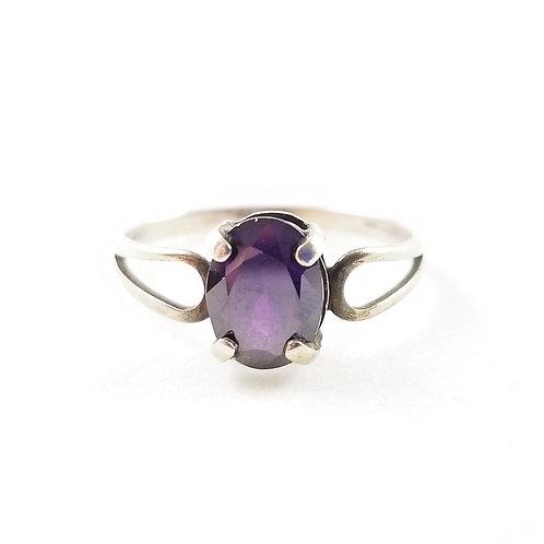 1970's Sterling Silver Garnet Ring