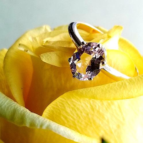 10k Morganite Solitaire Ring