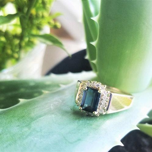 Vintage 14k Tourmaline & Diamond Ring