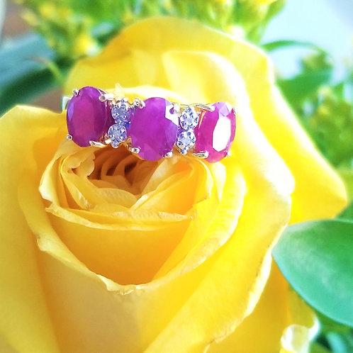 Vintage 14k Natural Ruby & Diamond Ring