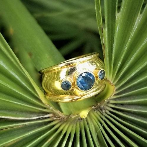 14k Three Stone Sapphire Ring