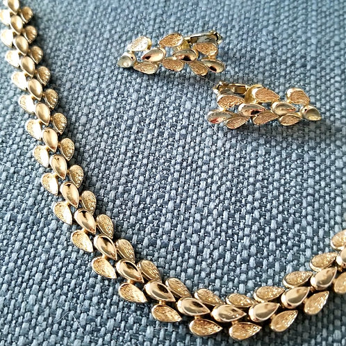 Vintage Coro Necklace & Earrings Suite
