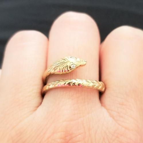 Unique Vintage 9k Diamond Serpent Ring
