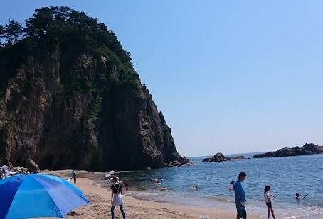 日本のきれいな海と言えば、どこを思い浮かべますか?