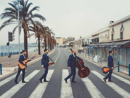 Upbeat Acoustic Strolling Bands