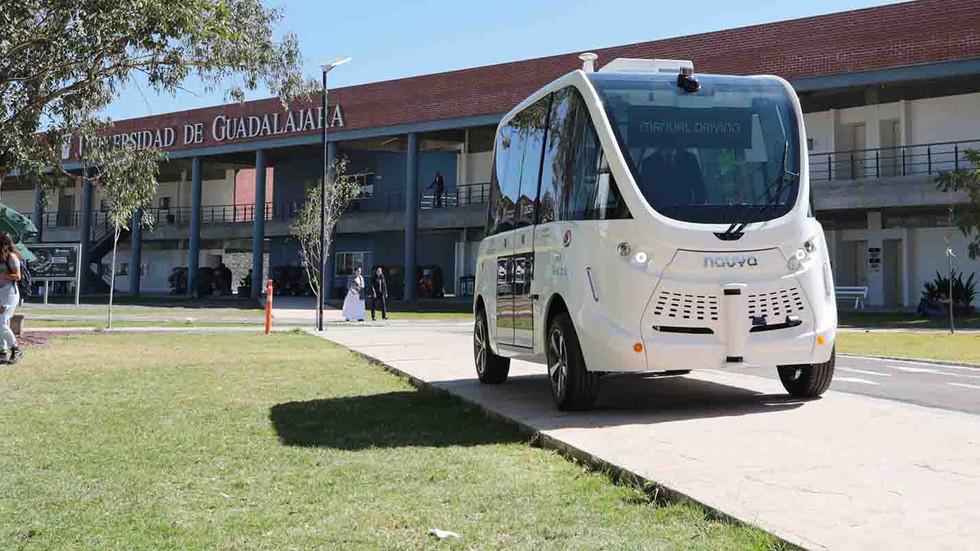 CUCEA probará vehículo inteligente y no contaminante