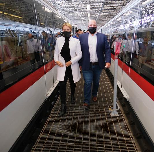 Primer viaje de la Línea 3 del Tren Ligero