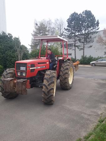 Jusqu'à Zenica... en tracteur?!