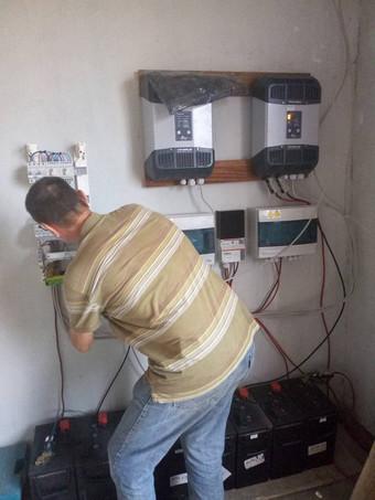 L'électricité à l'hôpital Otema!