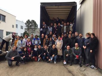 Faire de l'aide humanitaire... depuis la France