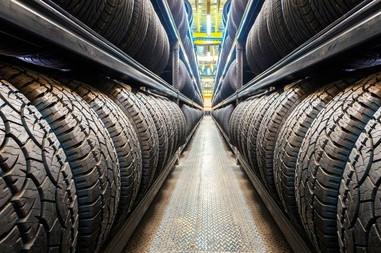 Industria hulera y llantera, poniendo sobre ruedas al país.