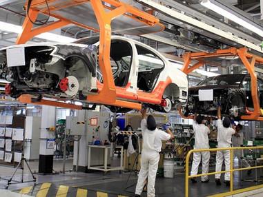 Sector automotriz impulsará las ventas de la industria de pinturas y tintas, estima gremio.