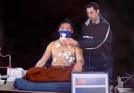 Μπορεί ο άνθρωπος να ρυθμίσει τη θερμοκρασία του σώματος του ; πείραμα-βίντεο