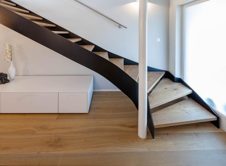 | Parkett Käppeli GmbH, Bodenbeläge, Bodenleger, Parkett, Vinylboden, Korkboden, Teppich, Holzböden, Parkett Treppe