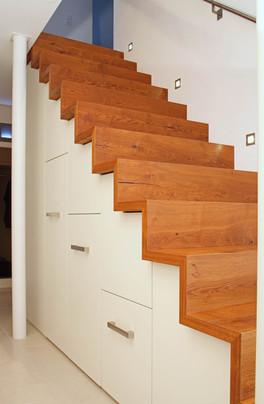 | Parkett Käppeli GmbH, Parketttreppen, Treppen aus Holz, Bodenbeläge, Bodenleger, Parkett, Vinylboden, Korkboden, Teppich, Holzböden