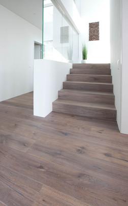 Treppe| Parkett Käppeli GmbH