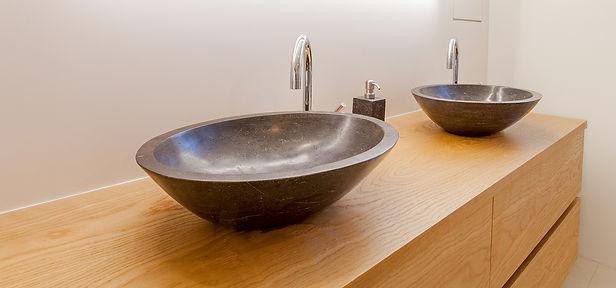 Badplanung Lavabo Waschbecken individuelle Raumlösungen Materialien| KÄPPELI AG Küchen- und Raumdesign