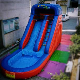 Garden water party - mega slide