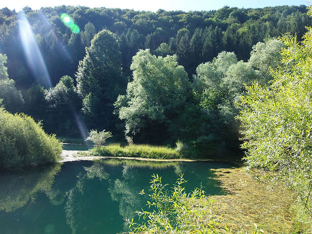 Sinjac/deep lake