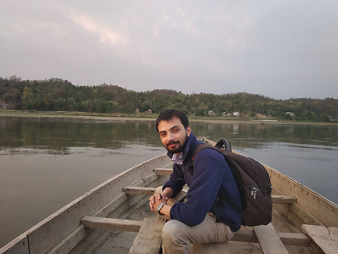 Physician reaches Rajpur on a boat.jpg