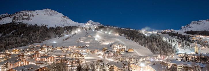 Aussieht Panorama Nacht.jpg