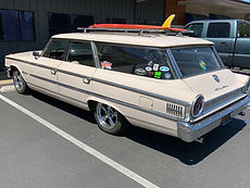 Car Show - Wagon with Surf Board.jpg