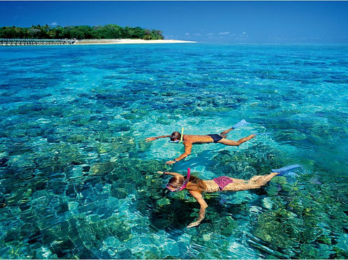Sabah-Snorkeling Mantanani Island (Child)