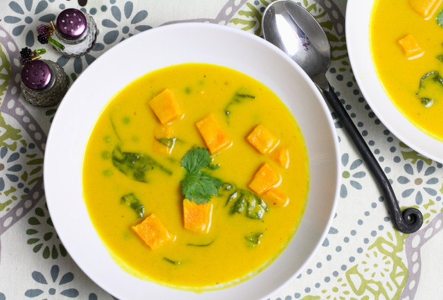 Spicy Curry Sweet Potato Soup