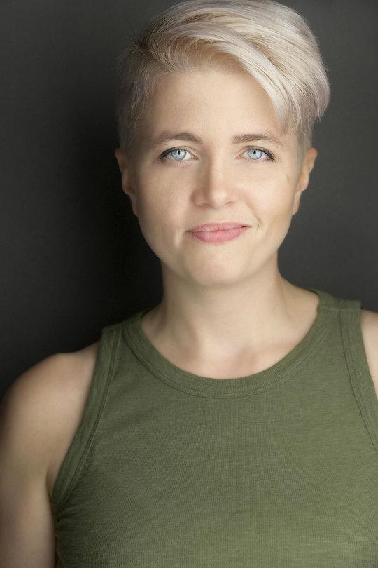 Sarah Beth headshot 1 .jpg