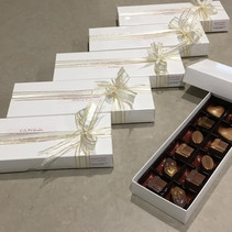 Box of 12 Assorted Flavours